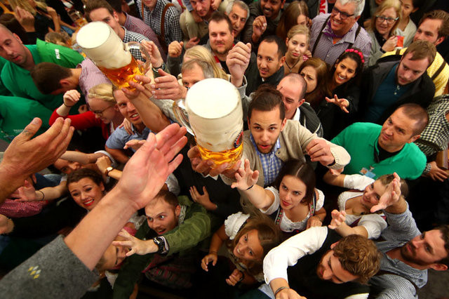 Bạn sẽ có cơ hội nếm thử hương vị tới 55 loại bia khác nhau tại lễ hội bia