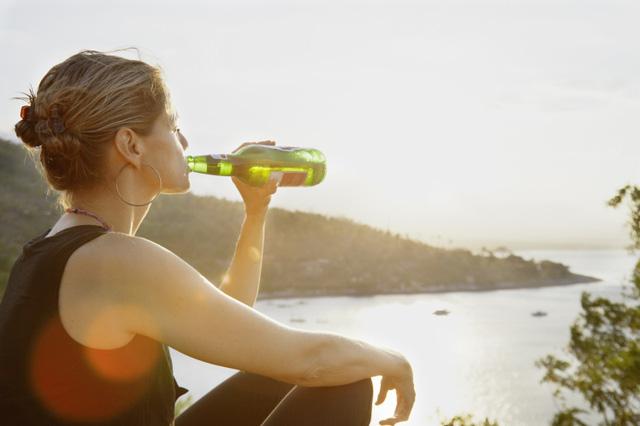 Uống bia có tác dụng gì đối với cơ thể?