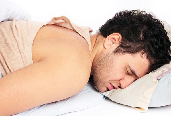uống rượu bia có tác hại gì xấu cho giấc ngủ của bạn
