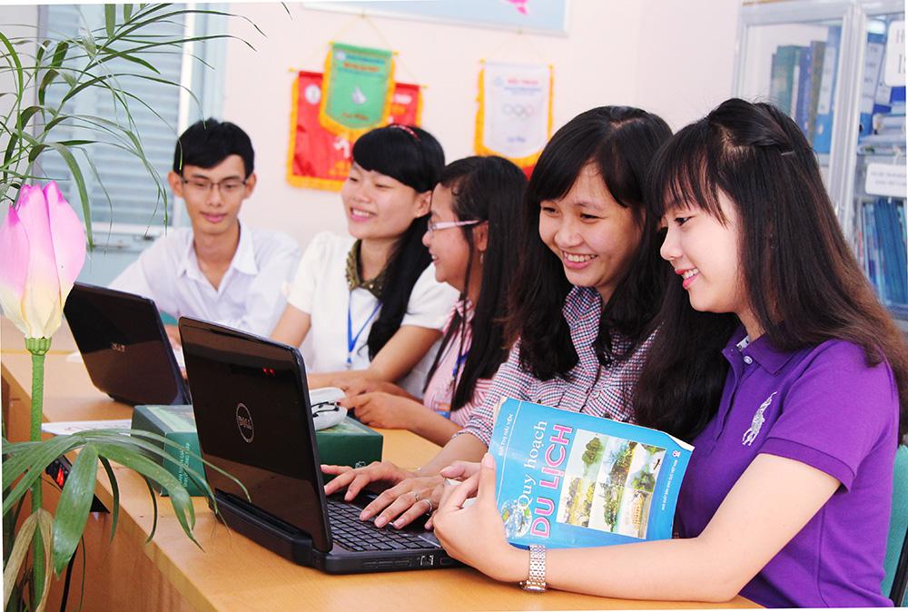 Nhiều trường tổ chức thi ngành văn hóa du lịch