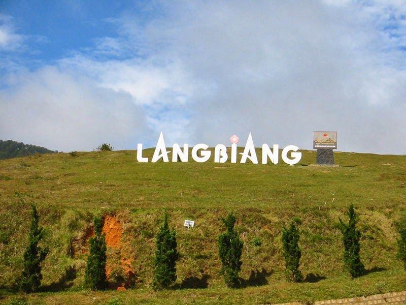Núi Lang Biang hấp dẫn khách du lịch