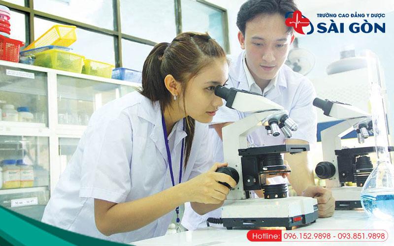 những khó khăn khi học ngành dược